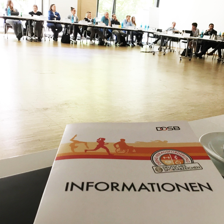 Sicherheits-Checkliste für das Sportabzeichen beim DOSB in Frankfurt vorgestellt
