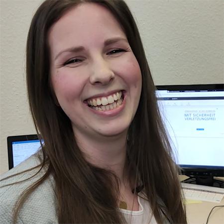 Neue Mitarbeiterin: Julia Fitzek, Projektreferentin