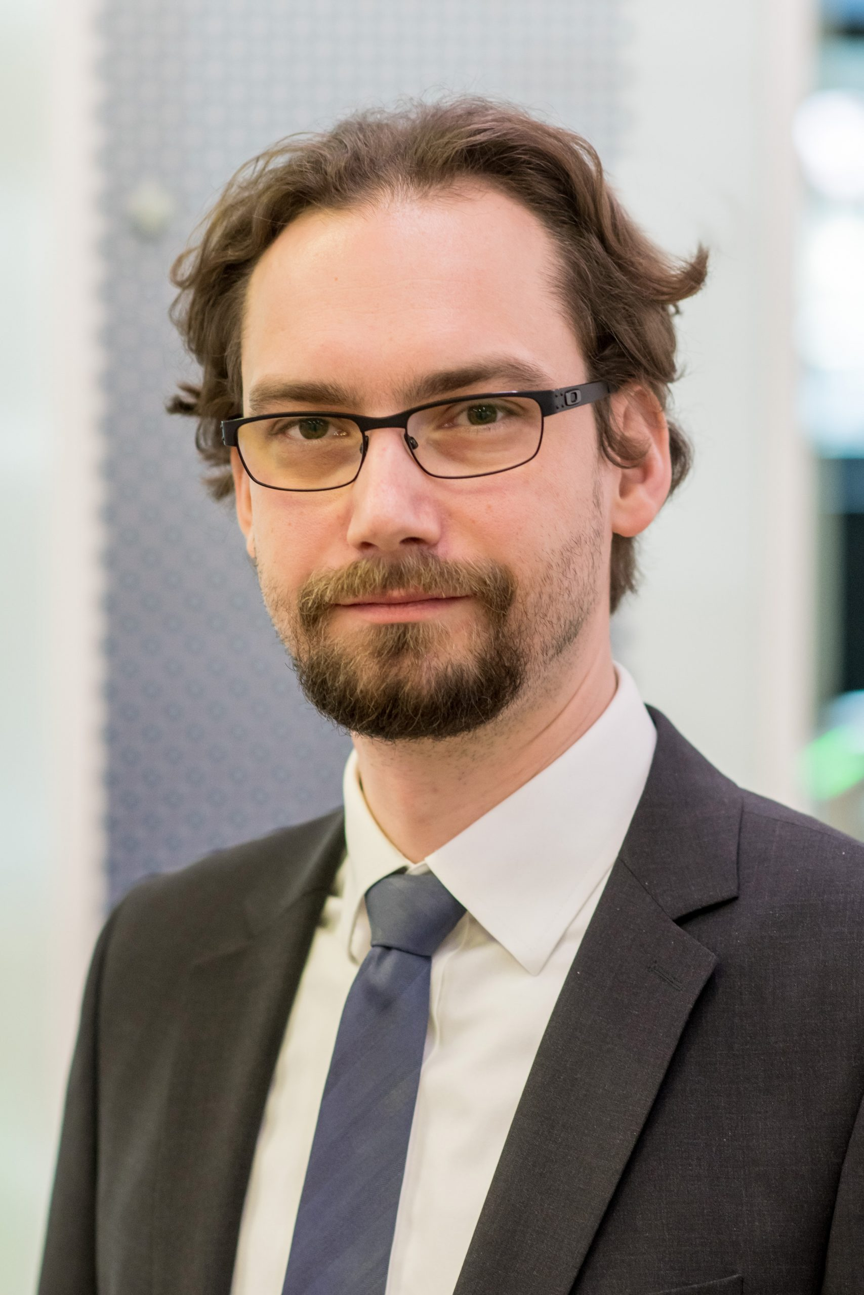 Gespräch mit Roman Grahle, DIN Institut: Die unsichtbaren Retter