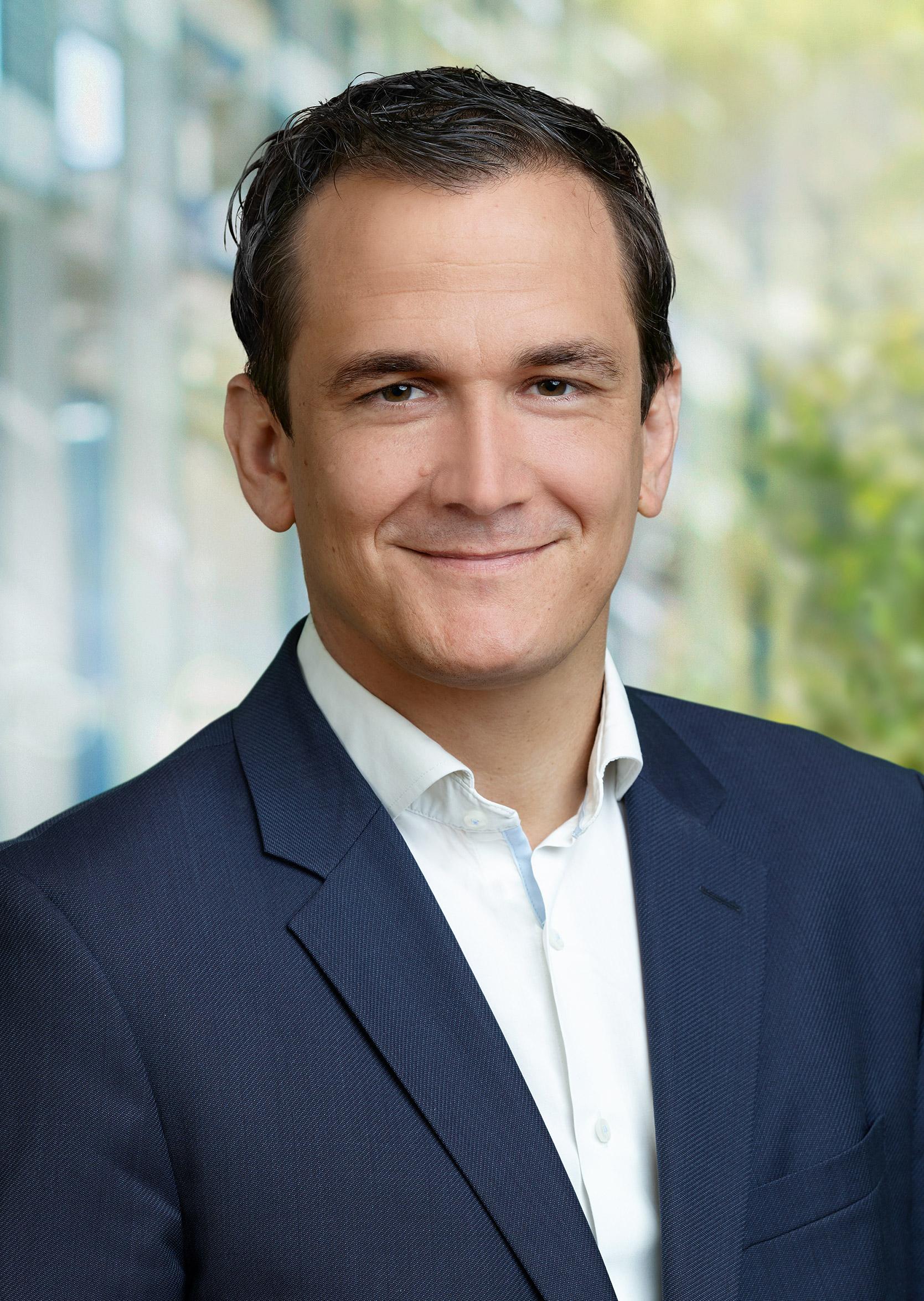 Politik: Jens-Peter Nettekoven, sportpolitischer Sprecher CDU-Fraktion im NRW-Landtag